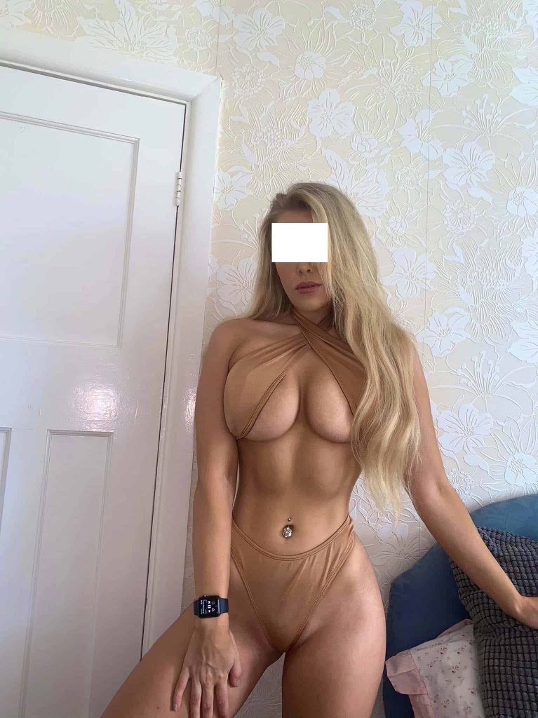 Blonde German Escorts